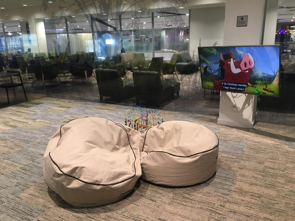 Strata Lounge Auckland overview - bean bag   Point Hacks