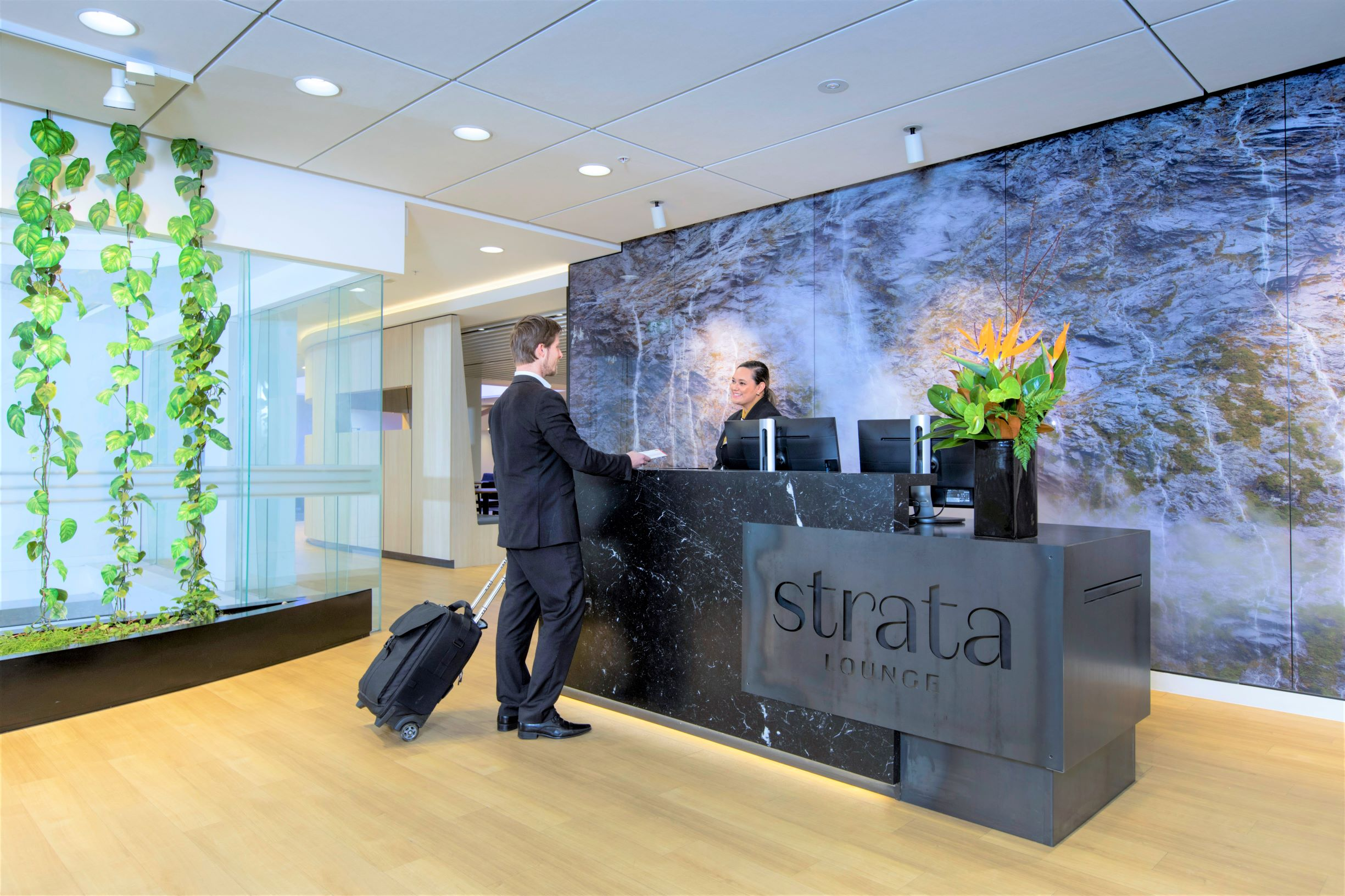 Strata Lounge Auckland overview | Point Hacks